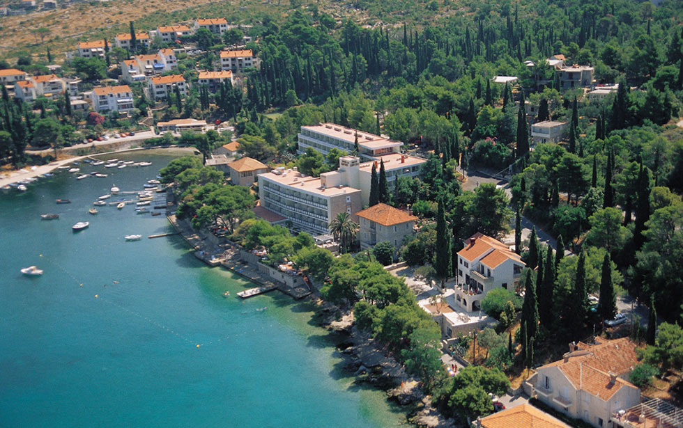 Hotels In Cavtat With Pool