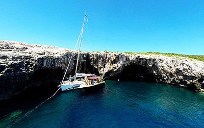 Sailing in Croatia green cave Island Vis