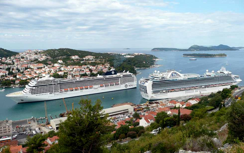 Cars For 10000 >> Dubrovnik ferry port