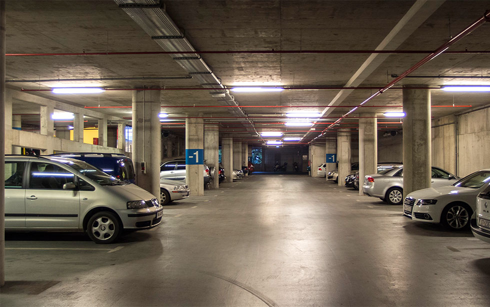 Public garage in Dubrovnik (photo by V.Mihočević)